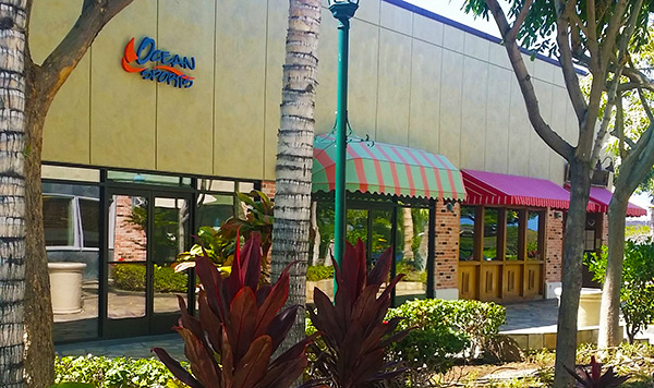 Hawaii Ocean Sports at Queens Marketplace