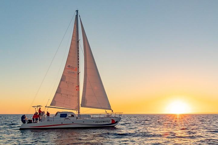 Best Hawaiian Sunset Sailing Adventures - Hawaii Ocean Sports